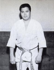 Гоки Кенуй, основатель школы Ниппон-Кэмпо в США, 1960г