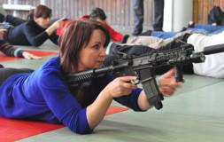 Огнестрельное оружие и ближний бой