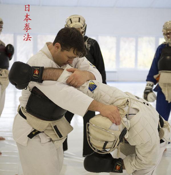 Захваты в рукопашном бою