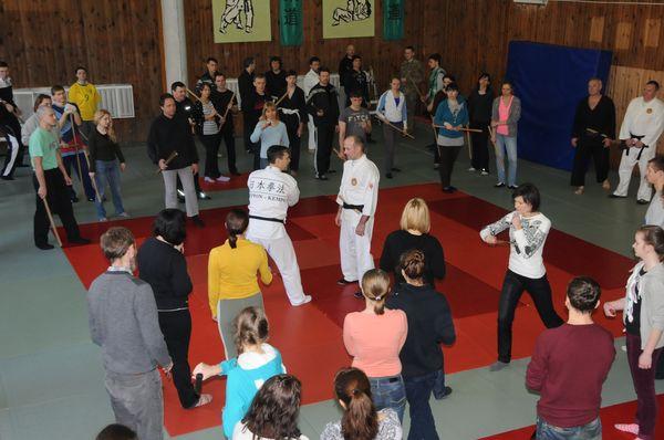 Тренинг по рукопашному бою