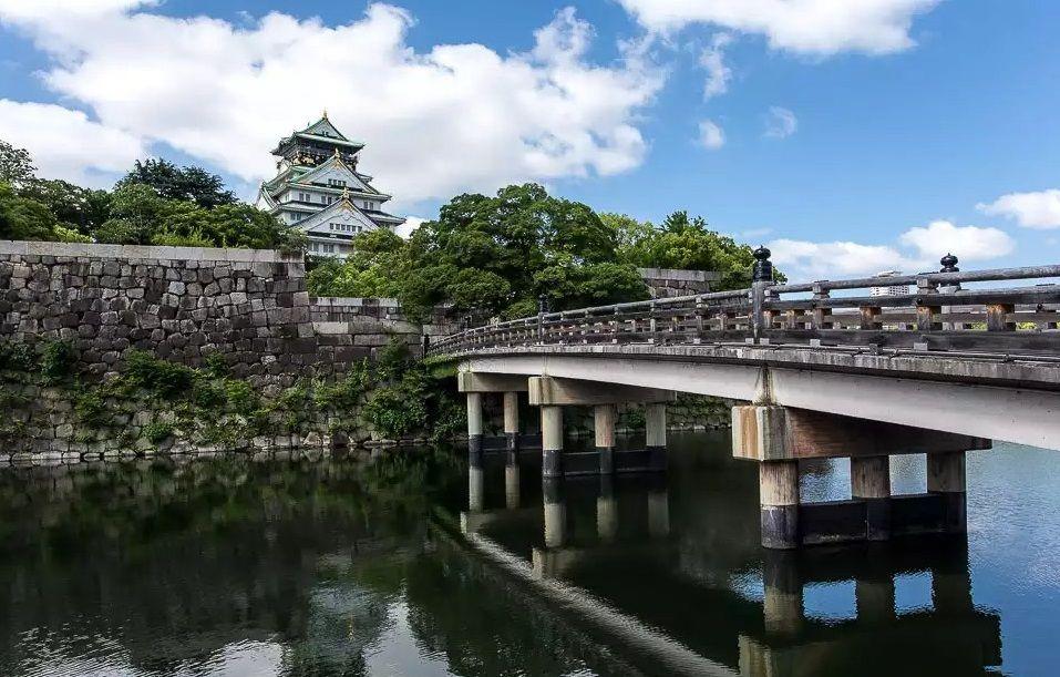 Осака, замок