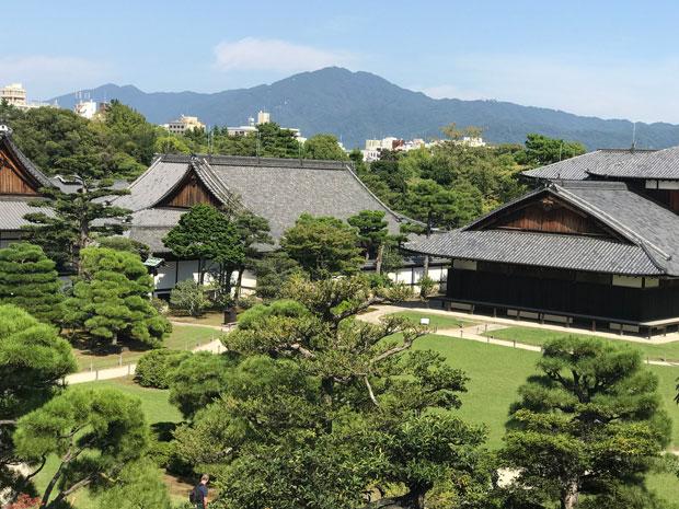 Киото-Императорский-дворец--Кёто-Госё