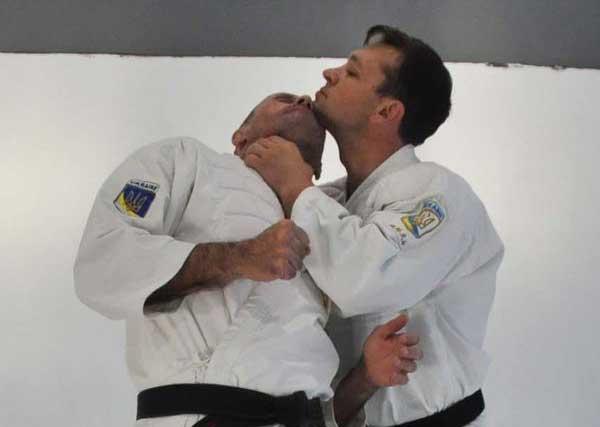 Грязные приемы рукопашного боя