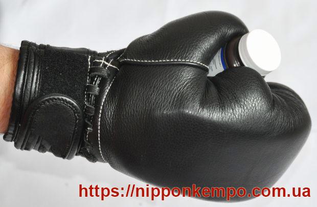 Перчатки Куробу
