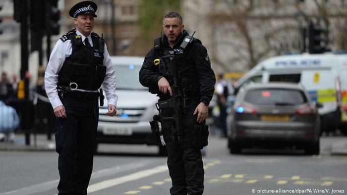 Полицейские Англии