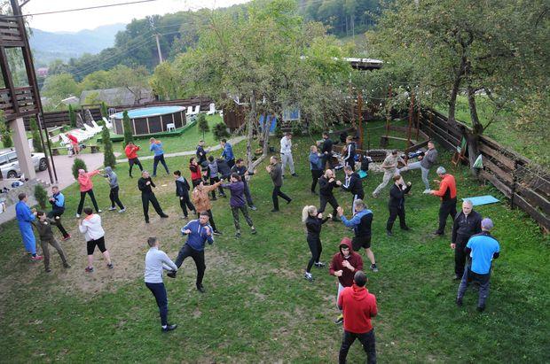 Тренировка на улице. Лагерь Гассюкугэйко 2021, Украина